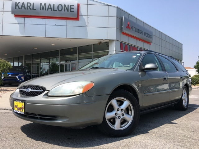 Pre Owned 2003 Ford Taurus Se